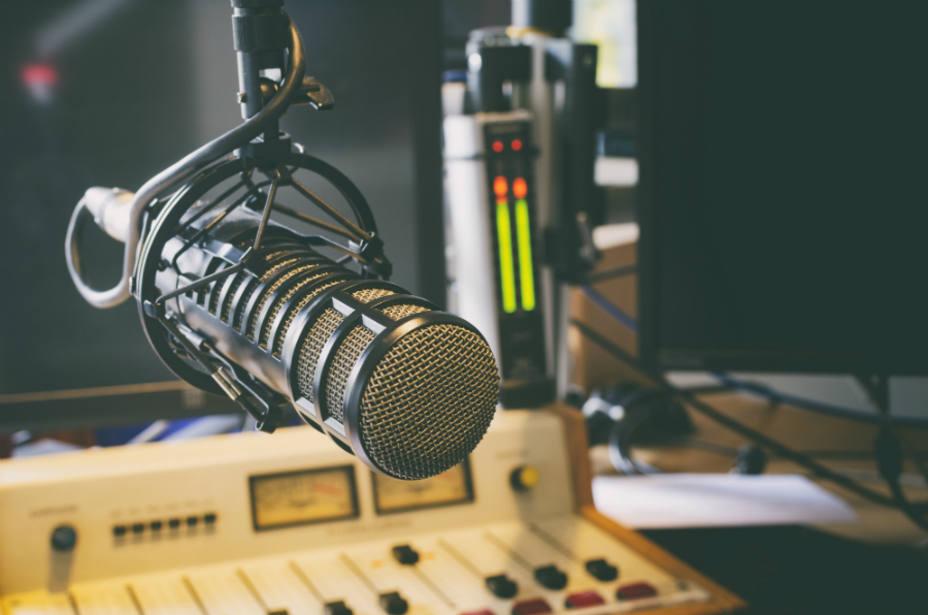 Entrevista en Radio Guijuelo a Antonio Labrador sobre las fiestas del Cristo de San Esteban de la Sierra 2019